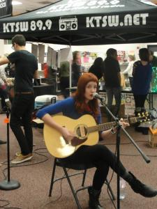 Lauren Burton performing at KTSW's Bookstore Blowout
