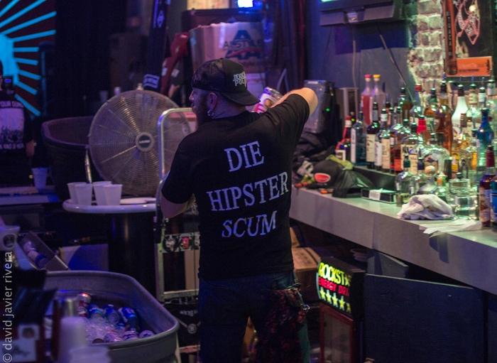 Dirty Dog Bar