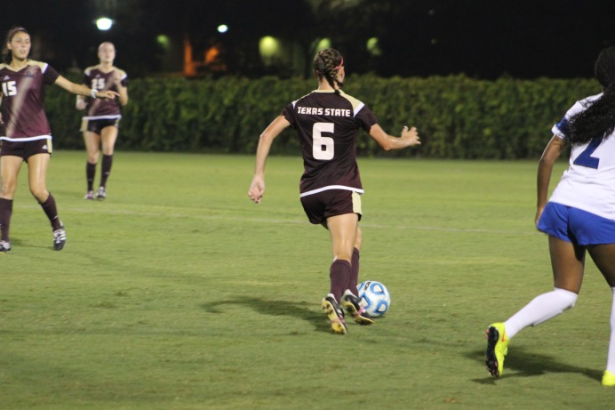 Lauren Prater makes a move for the goal. Photo by Eddie Lerma.