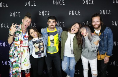 Meeting my childhood crush ktsw 899 dnce posed for a funny picture at the meet and greet photo by dnce staff m4hsunfo