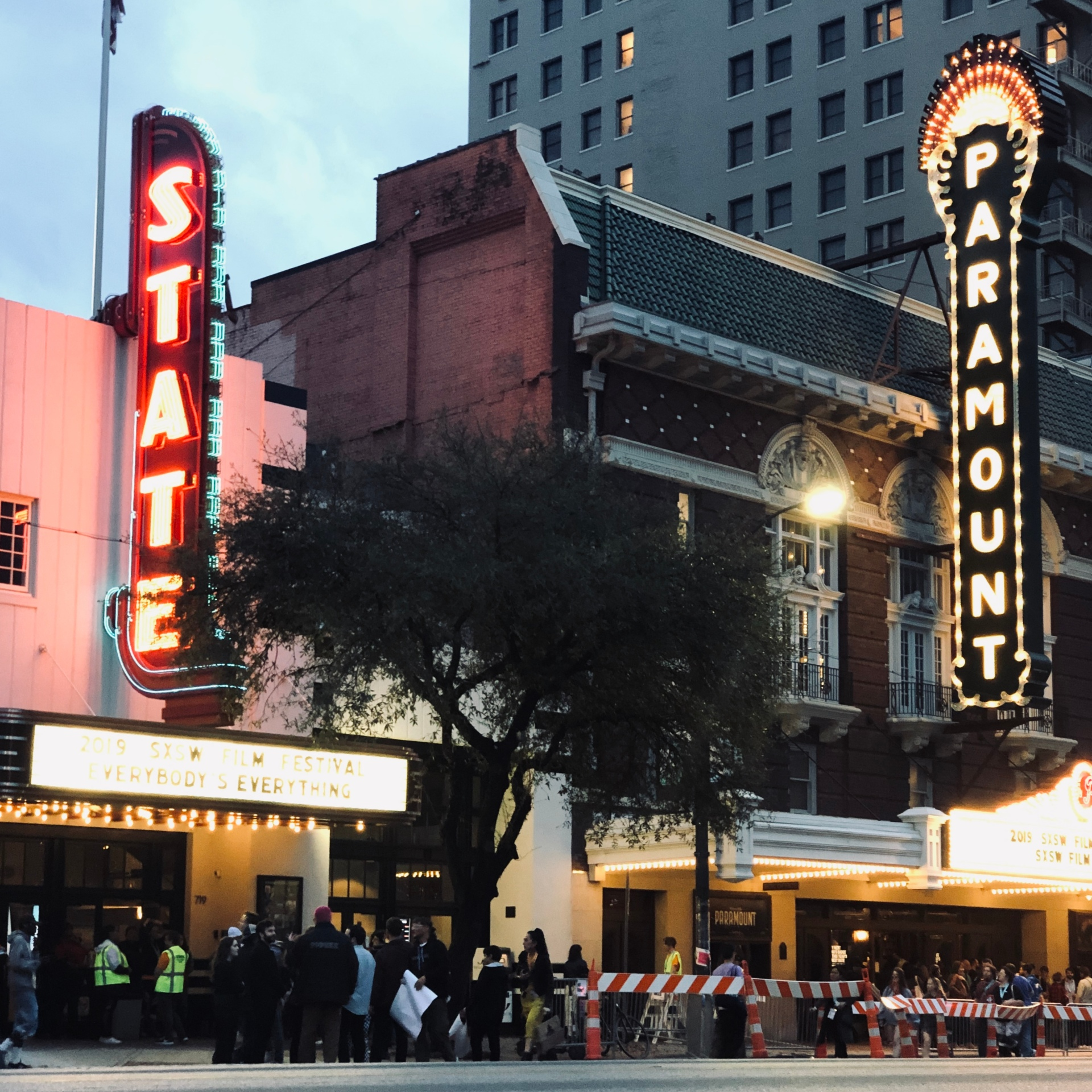 The Paramount Theater in Austin lit up at dusk.