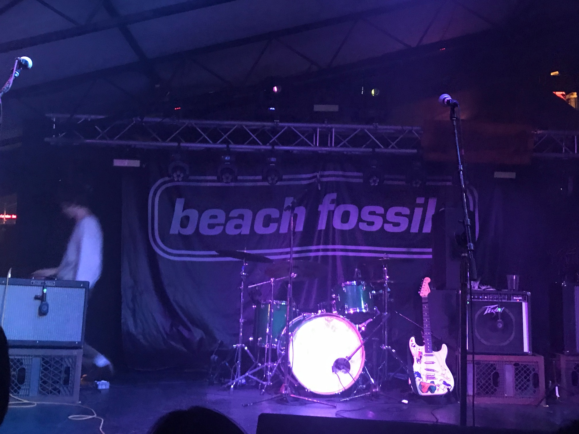 The backdrop to Beach Fossils' set.