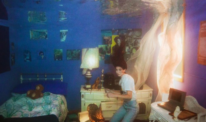 The picture presents Wering's blue bedroom filled with water.