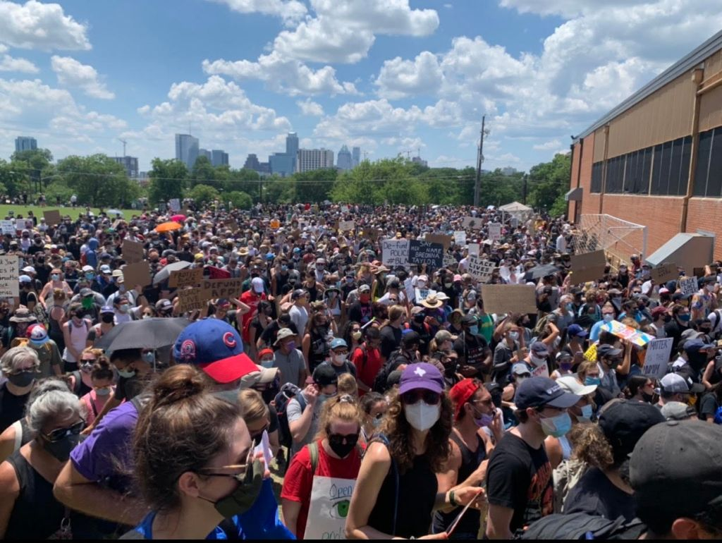 Photo of crowd outside Huston-Tillotson University